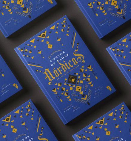 Book-Mockup-Hardcover-Vol32